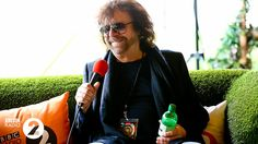 Jeff Lynne, whose ELO performed string of classics including 'Evil Woman', 'Don't Bring Me Down' & 'Mr Blue Sky' Jeff Lynne, Bring Me Down, We Are Festival, Electric Light, Bbc Radio, Hyde Park, John Lennon, Pop Music, Orchestra