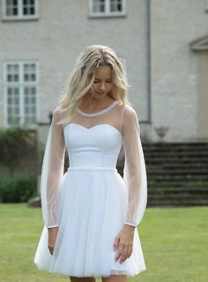 Ball Dresses, Bridal Dresses, Ball Gowns, Reception Dresses, Beautiful Dresses, Nice Dresses, Short Dresses, Short Lace Wedding Dress, Gown Wedding
