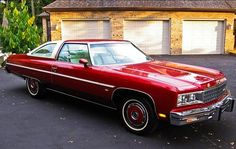 1976 Chevrolet Caprice coupe with color matched wheel covers Chevy Caprice Classic, Chevrolet Caprice, Chevrolet Chevelle, Lowrider Model Cars, Old Sports Cars, Best Classic Cars, Classic Auto, Chevy Impala, Automotive Design
