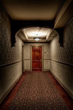 This real-life Stanley Hotel is said to be haunted by a maid and was used for inspiration for American Horror Story: Hotel.