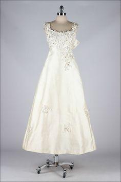 Saks Fifth Avenue wedding dress, 1960's From Mill Street...