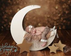 Moon Prop, Moon Photo Prop, Newborn Photography Prop, Baby Moon Prop Moon Prop Moon Photo Prop Newborn Photography by MrAndMrsAndCo Newborn Bebe, Foto Newborn, Newborn Shoot, Newborn Photo Props, Newborn Photography Poses, Photography Props, Newborn Photographer, Children Photography, Airplane Photography