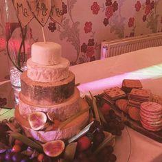 Wedding Cheese Cake [OC] [720x720] #foodporn #food #foodie #yummy #yum #foodgasm #nomnom #delicious #recipe