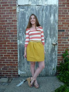 Need. Yellow. Skirt. If only I were crafty enough to make one. Skills, @whatwouldanerdwear. Skills.