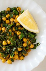 Scandi Home: Spiced Chickpeas with Spinach