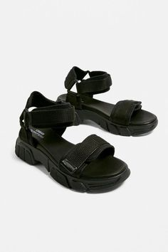 Shop UO Ace Sport Sandals at Urban Outfitters today. We carry all the latest styles, colours and brands for you to choose from right here. Sport Sandals, Slide Sandals, Women Sandals, Urban Outfitters Online, Homecoming Shoes, Sporty Look, Water Shoes, Fashion Shoes, Dress Shoes