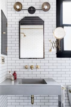 The beauty of the subway tile!!