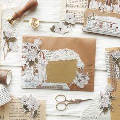 Pen Pal Letters, Writing Letters, Junk Journal, Journal Ideas, Bullet Journal, Mail Gifts, Mail Ideas, Pen Pals, Vintage Lettering