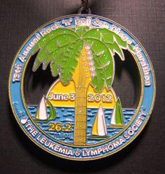 Medalla del maratón de San Diego, 2012.
