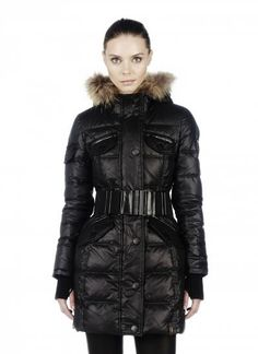Discover women's leather jackets & lightweight coats to stay stylish between seasons. Shop leather biker and moto jackets and lightweight down coats. Best Winter Coats, Women's Puffer, Stylish Coat, Jackets For Women, Clothes For Women, Womens Parka, Down Coat, Winter Collection, Winter Fashion