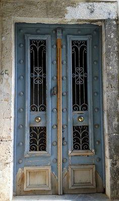Rachi, Lefkada, Greec I would love this to be my front door of my house Door Entryway, Entrance Doors, Doorway, Cool Doors, Unique Doors, Knobs And Knockers, Door Knobs, Doors Galore, When One Door Closes