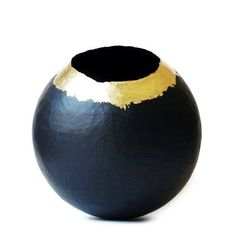 Paper Mache Vase / Paper Vessel / Black and by YamariletPacheco