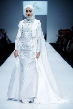 Kpop Fashion Outfits, Modest Fashion, Fashion Show, Fashion Dresses, 3d Fashion, Modest Dresses, Modest Outfits, Hijab Style Dress, Abaya Style
