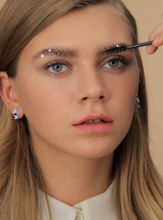 4 Sparkly Eye & Brow Looks To Kick The Night Off Right #refinery29