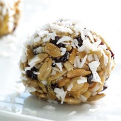 Top Backpacking Food Ideas for Beginners Sugar Free Desserts, Sweets Recipes, Raw Food Recipes, Healthy Recipes, Healthy Bars, Healthy Snacks, Granola Barre, Backpacking Food, Happy Foods