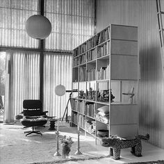 The Eames House or, as it is also known, Case Study House No.8 near Los Angeles, an icon of mid-century Modernism, is stuffed full of silk flowers, pot pourris, baskets, pot plants, dolls, other toys, folklore from the American Southwest and other objets trouvés of all kinds.
