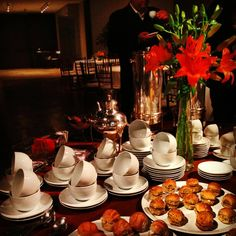 Coffee Break - Eventos Corporativos By La Grâce Catering Co. SP Coffee Time, Tea Time, Buffet, Hotel Breakfast, Brunch, Coffee Business, Wedding Catering, Coffe Bar, Food Marketing