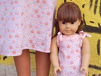 Oliver + S Popover Sundress and Doll Dress (free) American Doll Clothes, Ag Doll Clothes, American Dolls, Diy Clothes, Sundress Pattern, Doll Dress Patterns, Sewing Patterns Free, Free Sewing, Sewing Ideas