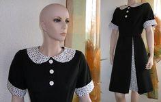 """Kleid """"Doreen"""" mit Bubikragen ein neues teil aus meiner Frühjahr/Sommer Kollektion  Wunderschönes Knielanges Kleid  vorne und hinten mit 2  Kellerf..."""