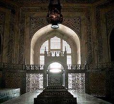 Hasht Bihisht and the Central Chamber - Explore the Taj Mahal