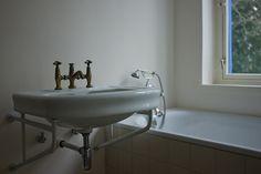 Bauhaus Dessau | Bathroom detail