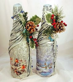 icu ~ DIY Vintage Bottles for Home Decor Recycled Glass Bottles, Glass Bottle Crafts, Wine Bottle Art, Painted Wine Bottles, Painted Jars, Diy Bottle, Vintage Bottles, Bottle Charms, Christmas Decoupage
