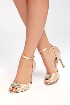 It's hard to beat the glamour of the Bethany Nude Satin Rhinestone Ankle Strap Pumps! Luxe satin shapes a rhinestone-encrusted peep toe upper on a single sole silhouette. Rounded heel cup supports an adjustable ankle strap with silver buckle. High Heel Pumps, Pump Shoes, Shoe Boots, Shoes Heels, Platform Pumps, Women's Pumps, Pretty Shoes, Beautiful Shoes, Bride Shoes