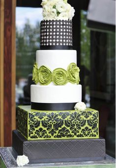 wedding-cakes-28-03112014ny