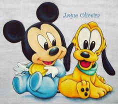 Mickey e Pluto Baby Disney Characters, Cartoon Characters, Mickey Minnie Mouse, Disney Mickey, Tole Painting, Fabric Painting, Mickey Baby Showers, Baby Boy Room Decor, Art Disney