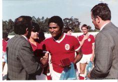 «Perdi um amigo, Eusébio era um orgulho para o povo moçambicano» - Joaquim Chissano