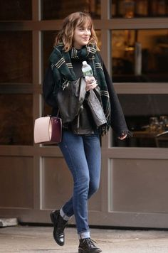 celebrities dakota johnson sexual assault survivors me too hair makeup style fashion outfits fifty shades of grey Dakota Johnson Street Style, Dakota Style, Dakota Jhonson, Fashion Mode, Fashion News, Fashion Outfits, Womens Fashion, Style Fashion, Style Blog