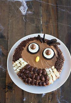 """¿Quién quiere un trozo de buho, digo de tarta? Tarta deliciosa para Samhain, nada de """"jaloguines"""" ni coñas varias ;)  http://www.unodedos.com/recetario-de-cocina/tarta-buho-para-samain/"""