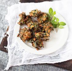 veggie pakora -- recipe and photo by yummy supper