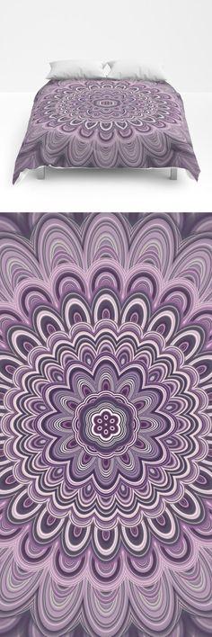 Bedroom bed bohemian comforter Ideas for 2019 Mandala Comforter, Mandala Duvet Cover, Cosy Bedroom, Bedroom Decor, Bedroom Bed, Bohemian Comforter, Beautiful Houses Interior, Luxury Homes Interior, Flower Mandala