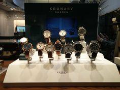 KRONABY SWEDEN Connected Smartwatches Έξυπνα κλασικά αναλογικά ρολόγια από τη σουηδική εταιρεία KRONABY που αλληλεπιδρούν με το κινητό σας τηλέφωνο μέσω Bluetooth και σας προσφέρουν χρήσιμες λειτουργίες και ενδείξεις. Connected. Not Distracted   Τσαλδάρης στο Χαλάνδρι #watches #smartwatches #connected #kronaby