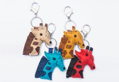 Giraffe felt keyring from Lumela afrika - 2572 African Crafts, African Art, Felt Keyring, Giraffe, Turtle, Arts And Crafts, Personalized Items, Christmas Ornaments, Holiday Decor