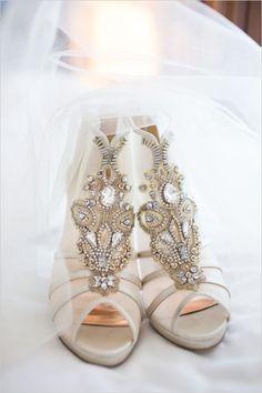 shoes; Eileen Liu Photography vai Wedding Chicks