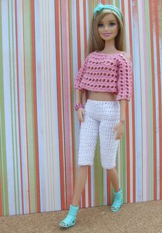 Pin by Anel Lombard on Barbie fashion clothes I am going to show step by ste Crochet Doll Dress, Crochet Barbie Clothes, Doll Clothes Barbie, Barbie Dress, Barbie Doll, Barbie Knitting Patterns, Barbie Clothes Patterns, Clothing Patterns, Fashion Dolls