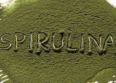 When it comes to superfoods, spirulina is one of the best. It's a superfood that is said to contain 100 different nutrients, ranging from protein, essential fatty acids, B vitamins, calcium, iron, magnesium, chlorophyll and more. If you're not familiar with it, it's a blue-green algae that has a spiral shape and grows in fresh water ponds, lakes and rivers in warm climates.