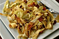 This fantastically simple Haluski combines bacon, cabbage, egg noodles, garlic and seasonings into a delectable taste treat. It comes together so quickly and is simple enough for novice cooks. Cabbage And Noodles, Cabbage And Bacon, Beef And Noodles, Cabbage Recipes, Egg Noodles, Green Cabbage, Cabbage Soup, Noodle Recipes, Veggie Recipes
