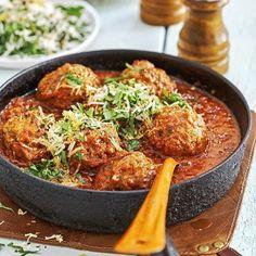 Italienska frikadeller i tomat- och paprikasås