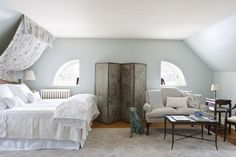 A trick to tackle designing a bedroom with oddly shaped walls.