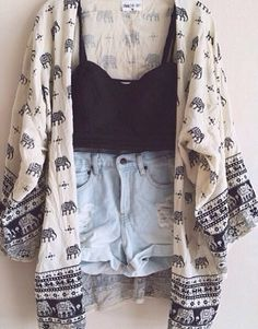 Seriously cute Kiss The Sky inspired kimono with pom-pom edges and an adorable giraffe print. TOTAL tumblr summer style.