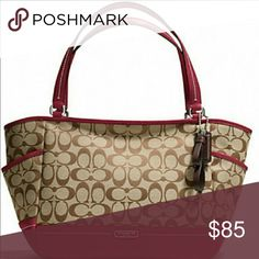 """🎈🌺COACH Carryall Shoulder Bag COACH Park Leather Carrie Tote Handbag/Purse 100% Authentic  MSRP: $378  · Pebbled leather  · Outside open pockets  · Zip-top closure  · Double leather handles with 9 ¼"""" drop  · Inside zip, cell phone, and multifunction pockets  · Dimensions: 18"""" (top of bag) 12""""(bottom of bag) x 10"""" x 6""""  Gently used, very good condition. Exterior no rips stains tears or holes, interior has a slight stain seen in the pic. Zipper functions properly.  Comes from a smoke/pet…"""