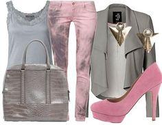 Casual Chique combinatie in grijs met roze voor het zomertype.