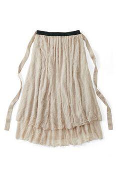 lis khros 軽やかチュールのマキシ丈スカート