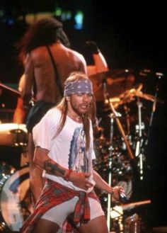 axl rose and Slash on stage, early 90s, guns n roses