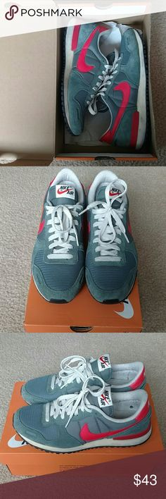 Nike Air Vortex (VNTG) Used Nike Air Vortex shoes with a light military like green and a contrasting nice red color. Shoes show minimal sign of wear. Kept in its original box. Purchased directly from Nike, will include receipt. Nike Shoes Sneakers