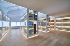 Jaeger-LeCoultre Celebrates 184 Years Of Watchmaking With New Interactive Museum Interactive Museum, Custom Boots, Custom Design Shoes, Swiss Made Watches, Custom Dresses, Leather Accessories, Luxury, Celebrities, Watch