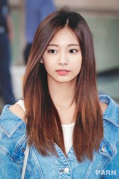 Twice-Tzuyu 180918 Gimpo Airport from Japan South Korean Girls, Korean Girl Groups, Twice Tzuyu, Sana Momo, Chou Tzu Yu, Perfect Boyfriend, Girl Day, Cute Faces, Perfect Woman